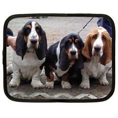 3 Basset Hound Puppies Netbook Case (XXL)