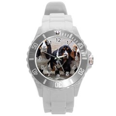 3 Basset Hound Puppies Round Plastic Sport Watch (L)