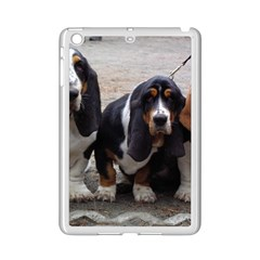 3 Basset Hound Puppies iPad Mini 2 Enamel Coated Cases