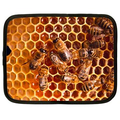Honey Bees Netbook Case (xxl)