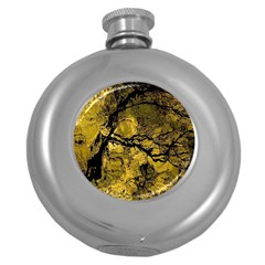 Colorful The Beautiful Of Traditional Art Indonesian Batik Pattern Round Hip Flask (5 Oz)