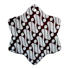 Batik Art Patterns Ornament (snowflake)
