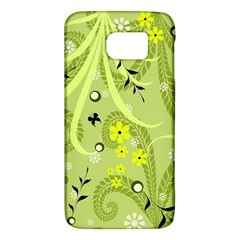 Flowers On A Green Background                      Htc One M9 Hardshell Case