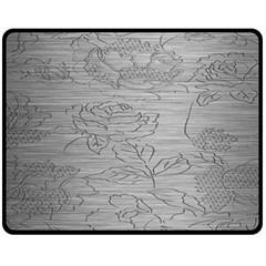 Embossed Rose Pattern Fleece Blanket (medium)
