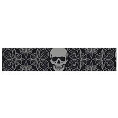 Dark Horror Skulls Pattern Flano Scarf (small)