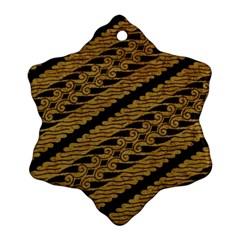 Traditional Art Indonesian Batik Ornament (snowflake)
