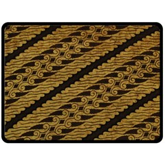 Traditional Art Indonesian Batik Double Sided Fleece Blanket (large)