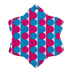 Pink And Bluedots Pattern Ornament (snowflake)