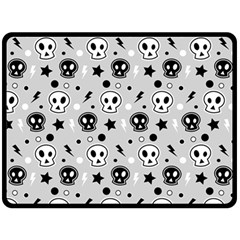 Skull Pattern Double Sided Fleece Blanket (large)