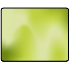 Green Soft Springtime Gradient Fleece Blanket (medium)