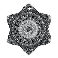 Feeling Softly Black White Mandala Snowflake Ornament (two Sides)