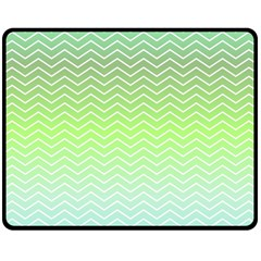 Green Line Zigzag Pattern Chevron Fleece Blanket (medium)