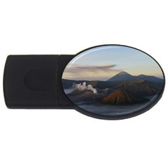 Sunrise Mount Bromo Tengger Semeru National Park  Indonesia Usb Flash Drive Oval (4 Gb)