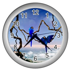 Wonderful Blue  Parrot Looking To The Ocean Wall Clocks (silver)