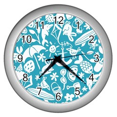 Summer Icons Toss Pattern Wall Clocks (silver)