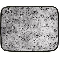 Heart Pattern Fleece Blanket (mini)