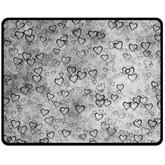 Heart Pattern Fleece Blanket (medium)