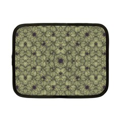Stylized Modern Floral Design Netbook Case (small)