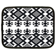 Model Traditional Draperie Line Black White Triangle Netbook Case (xl)
