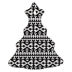 Model Traditional Draperie Line Black White Ornament (christmas Tree)
