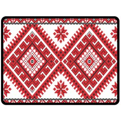 Model Traditional Draperie Line Red White Triangle Fleece Blanket (large)