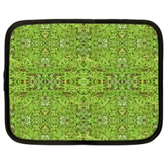Digital Nature Collage Pattern Netbook Case (xl)