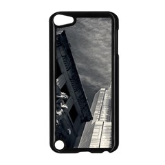 Chicago Skyline Tall Buildings Apple Ipod Touch 5 Case (black)