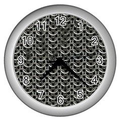 Sparkling Metal Chains 01b Wall Clocks (silver)