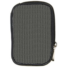 Sparkling Metal Chains 03a Compact Camera Cases
