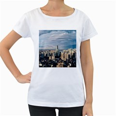 Shanghai The Window Sunny Days City Women s Loose Fit T Shirt (white)