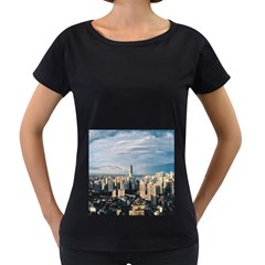 Shanghai The Window Sunny Days City Women s Loose Fit T Shirt (black)