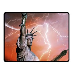 Statue Of Liberty New York Fleece Blanket (small)