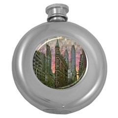 Flat Iron Building Toronto Ontario Round Hip Flask (5 Oz)