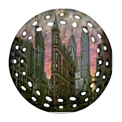 Flat Iron Building Toronto Ontario Round Filigree Ornament (two Sides)