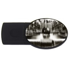 Black And White Hdr Spreebogen Usb Flash Drive Oval (4 Gb)