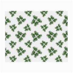 Nature Motif Pattern Design Small Glasses Cloth