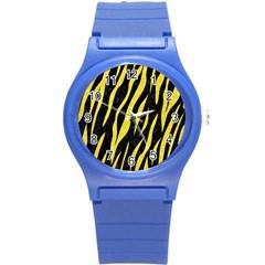 Skin3 Black Marble & Gold Glitter Round Plastic Sport Watch (s)