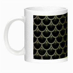 Scales3 Black Marble & Gray Colored Pencil Night Luminous Mugs