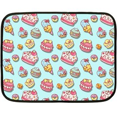 Sweet Pattern Fleece Blanket (mini)