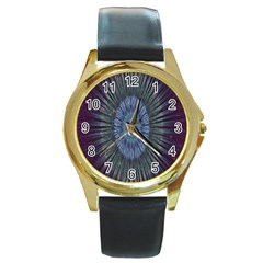 Peaceful Flower Formation Sparkling Space Round Gold Metal Watch