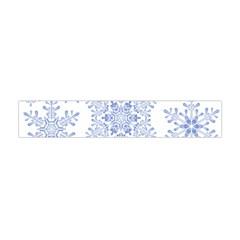 Snowflakes Blue White Cool Flano Scarf (mini)