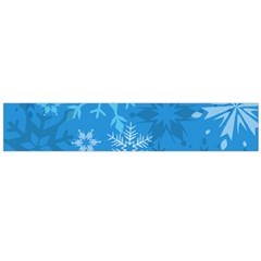 Snowflakes Cool Blue Star Flano Scarf (large)