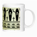 Halloween pattern Night Luminous Mugs Right