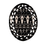 Halloween pattern Oval Filigree Ornament (Two Sides) Front