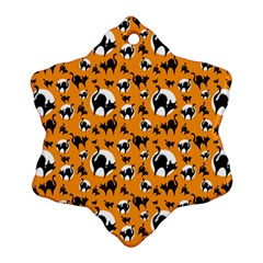 Pattern Halloween Black Cat Hissing Snowflake Ornament (two Sides)