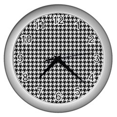 Friendly Houndstooth Pattern,black And White Wall Clocks (silver)
