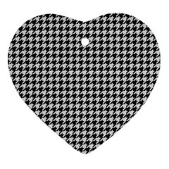Friendly Houndstooth Pattern,black And White Heart Ornament (two Sides)