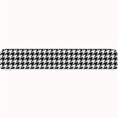 Friendly Houndstooth Pattern,black And White Small Bar Mats
