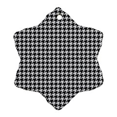 Friendly Houndstooth Pattern,black And White Snowflake Ornament (two Sides)