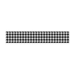 Friendly Houndstooth Pattern,black And White Flano Scarf (mini)